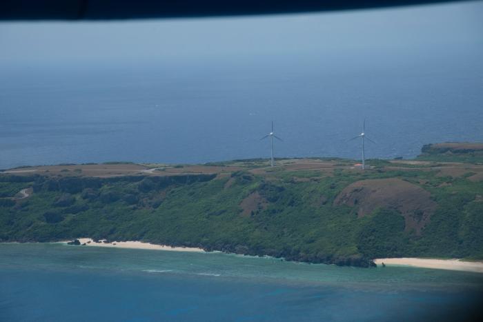 島の約半分の電気を担う風車2基